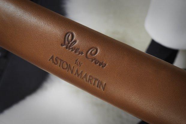 Коляска 2 в 1 Silver Cross Surf Aston Martin Edition